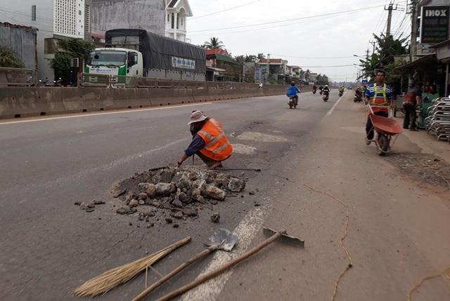 Quốc lộ 1 qua tỉnh Bình Định hư hỏng nặng