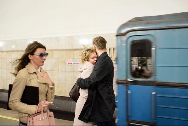 Theo đại diện của cơ quan quản lý tàu điện ngầm Moscow, vào những giờ cao điểm, cứ 90 giây sẽ có một đoàn tàu chuyển bánh.
