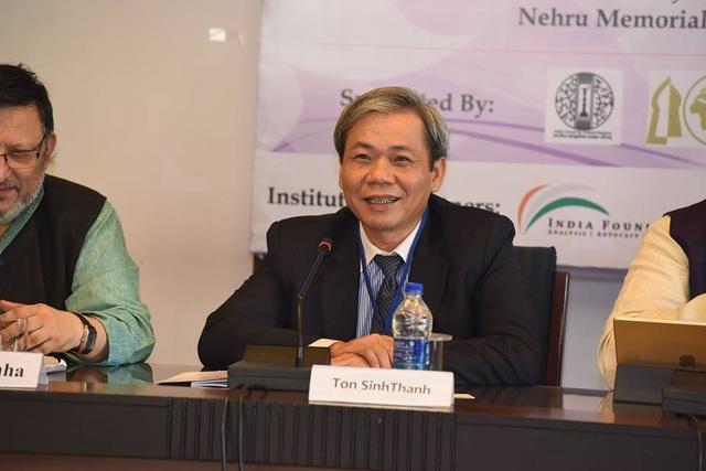 Đại sứ Việt Nam tại Ấn Độ Tôn Sinh Thành tham dự một cuộc họp (Ảnh: Đại sứ quán Ấn Độ)