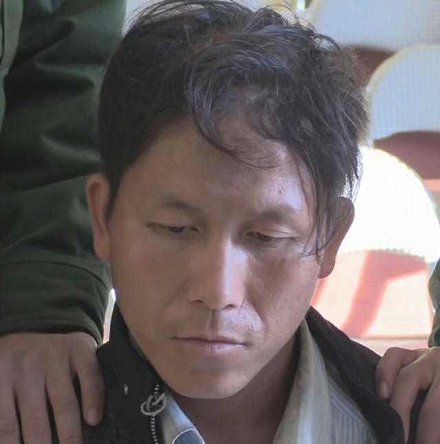 Đối tượng Lầu Bá Tồng, bị sa lưới khi đang vận chuyện heroin từ Lào về Việt Nam.