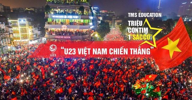 Hàng vạn người đổ xô ra Hồ Gươm để mừng chiến thắng cho đội tuyển U23 Việt Nam
