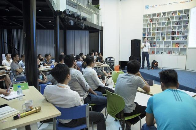 Các startup đang tham gia session của Mentor Nguyễn Ngọc Điệp (Founder & CEO VNP)