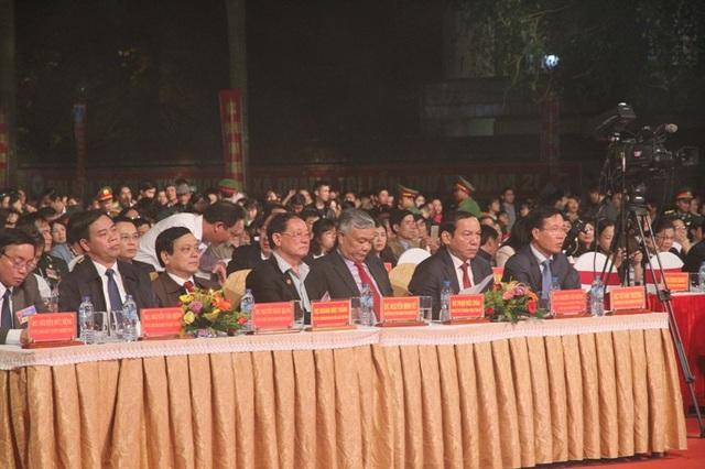 Các vị đại biểu Trung ương và địa phương tham dự chương trình Khúc ca hòa bình