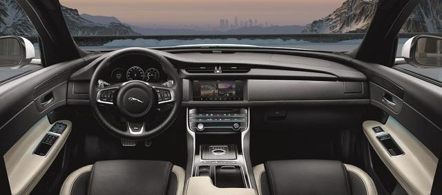 Khoang lái sang trọng tích hợp các tính năng công nghệ hiện đại