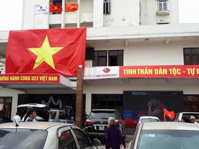 Việt Nam rực sắc đỏ trước trận chung kết U23 châu Á - 32
