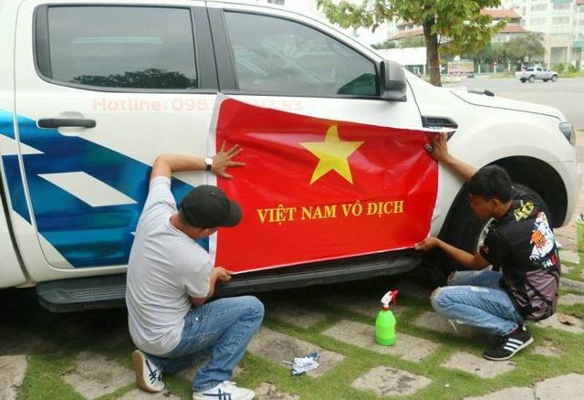 Việt Nam rực sắc đỏ trước trận chung kết U23 châu Á - 20