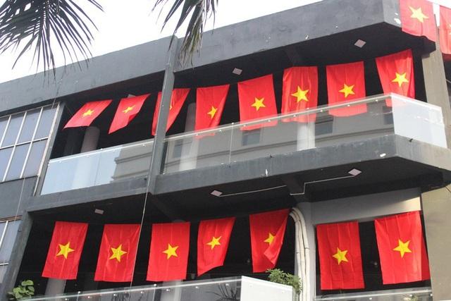 Việt Nam rực sắc đỏ trước trận chung kết U23 châu Á - 19