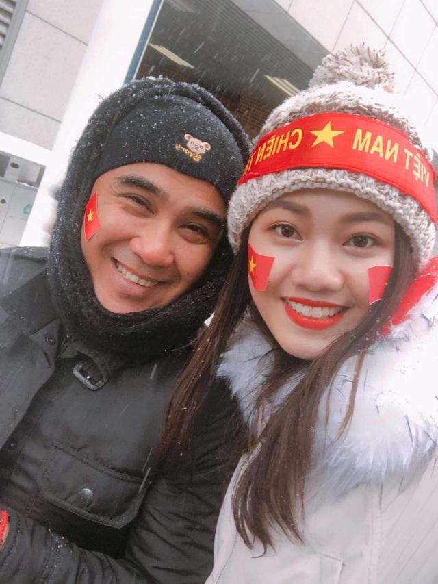 Nghệ sĩ xót xa cho các tuyển thủ U23 Việt Nam gặp bất lợi vì băng tuyết - 2