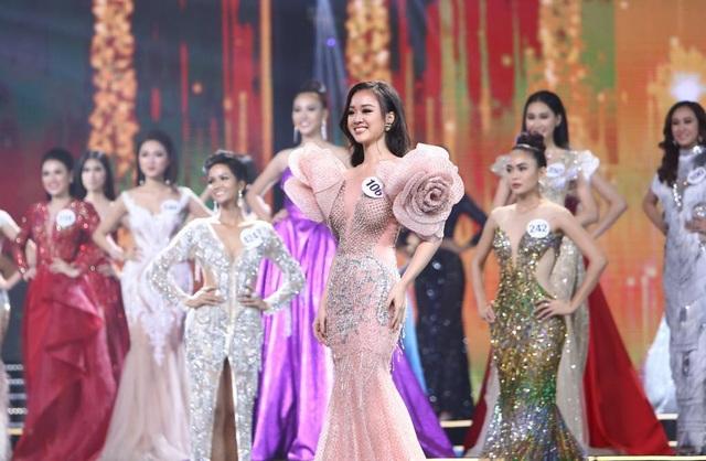 Lỡ đoán đúng tỉ số U23 Việt Nam - Uzbekistan, người đẹp bị dân mạng... lên án - 4