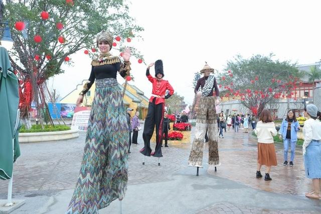 Khai mạc lễ hội hoa kéo dài một tháng tại Sun World Halong Complex - 4