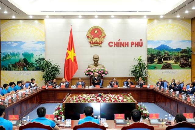 Thủ tướng kể chuyện chờ 5 tiếng để đón U23 Việt Nam - 4