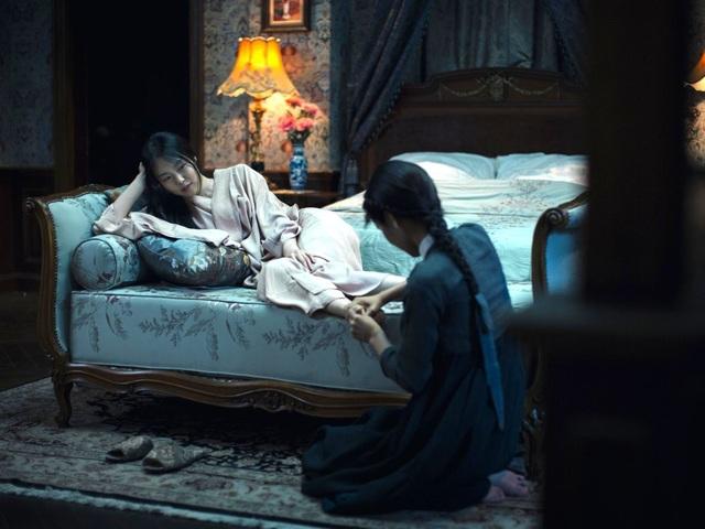 """Cảnh phim """"The Handmaiden"""" (Người hầu gái - 2016)."""