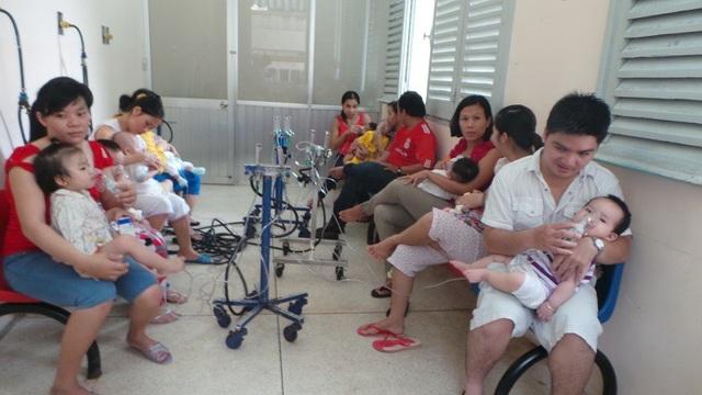 Nhiều bệnh viện chuyên khoa tại TPHCM, tình trạng quá tải bệnh nhân chưa có điểm dừng