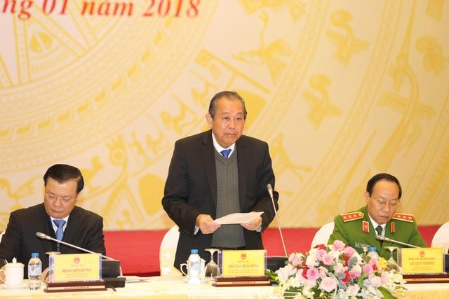 Phó Thủ tướng Trương Hoà Bình, Bộ trưởng Tài chính Đinh Tiến Dũng, Thứ trưởng Công an Lê Quý Vương cùng chủ trì hội nghị tổng kết hoạt động của 2 Ban chỉ đạo.