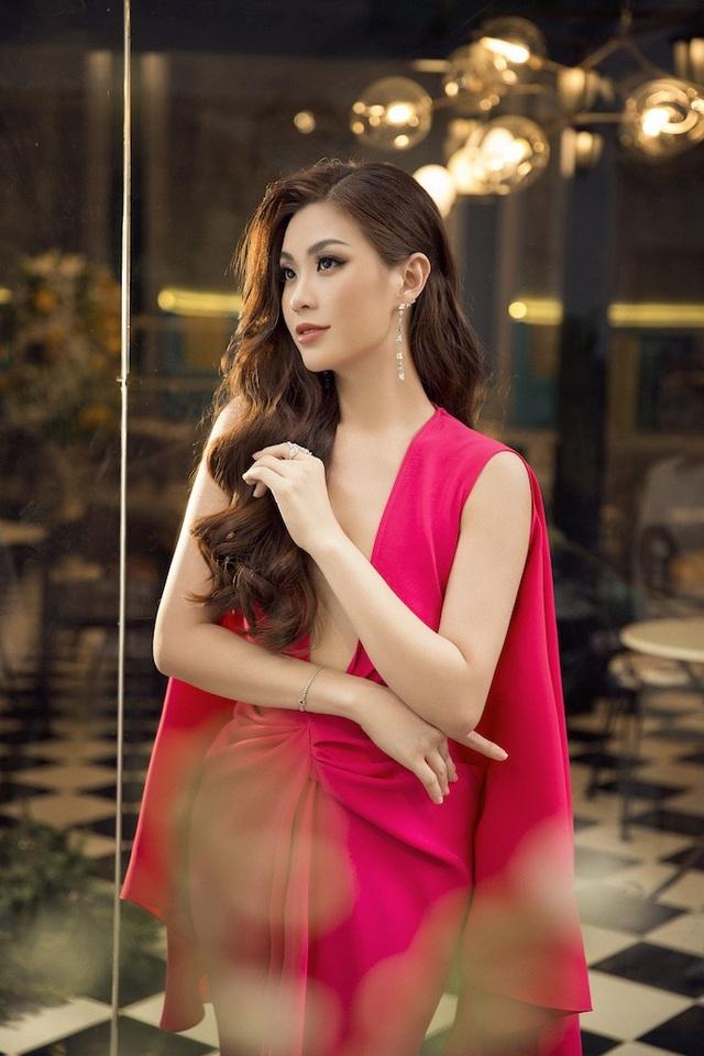 Á hậu Diễm Trang diện trang phục hở bạo dù đã qua một lần sinh nở - 3