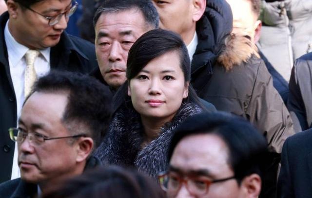 Hyon Song-wol, trưởng nhóm nhạc Moranbong nổi tiếng của Triều Tiên, dẫn đầu đoàn tiền trạm tới Hàn Quốc ngày 21/1. (Ảnh: Reuters)