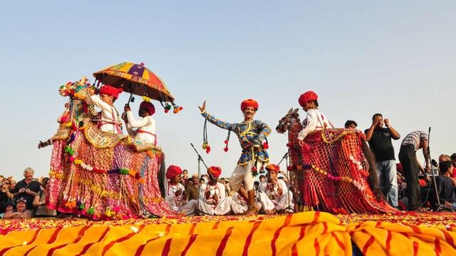 Dù văn hóa khác biệt, các dân tộc vẫn hiểu được âm nhạc của nhau - 1