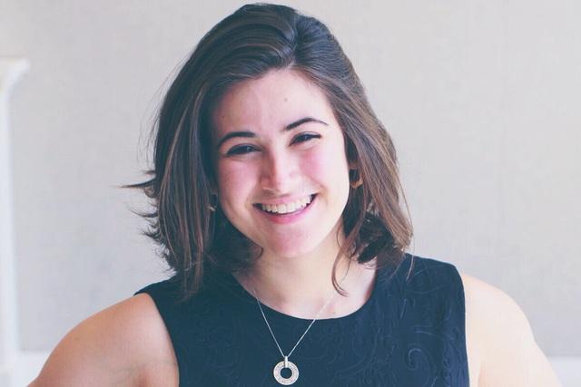 Danya Sherman tác giả của sản phẩm KnoNap.