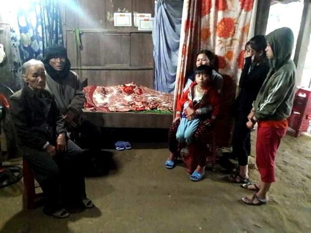 Gia đình tổ chức hậu sự cho nạn nhân L. (Ảnh CTV)