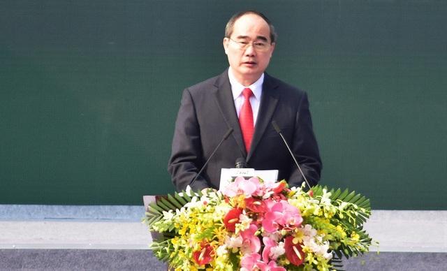 Bí thư Thành ủy TPHCM Nguyễn Thiện Nhân đọc diễn văn kỷ niệm 50 năm chiến thắng Xuân Mậu Thân