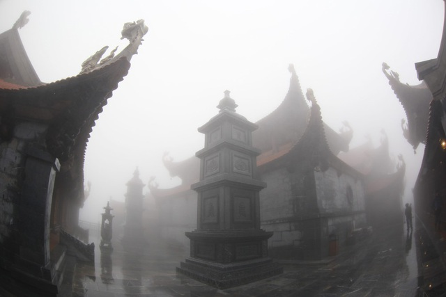 Kim Sơn Bảo Thắng tự tại Khu văn hóa tâm linh Fansipan