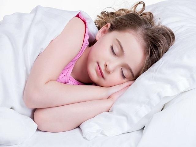 Mối liên hệ giữa thiếu ngủ và béo phì ở trẻ em - 1