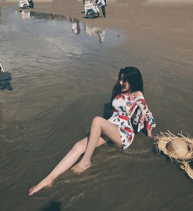 Cổ vũ U23 Việt Nam, nữ sinh Việt nổi bật trên báo Trung Quốc và Thái Lan - 7