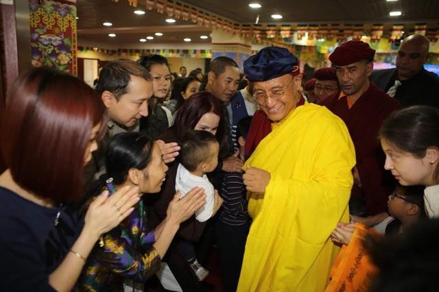 Đức Gyalwang Drukpa gặp gỡ các Phật tử trong khuôn khổ chương trình giao lưu