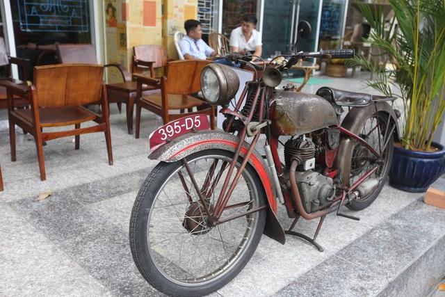 Những chiếc xe mô tô trước đây từng phổ biến trên đường phố Sài Gòn.