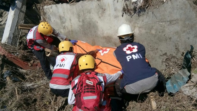 Khu vực Donggala, cách Palu khoảng 30 phút lái xe, là nơi gần hơn với tâm chấn của trận động đất. Chính quyền Indonesia lo ngại số người thiệt mạng tại đây có thể sẽ đông nhất.