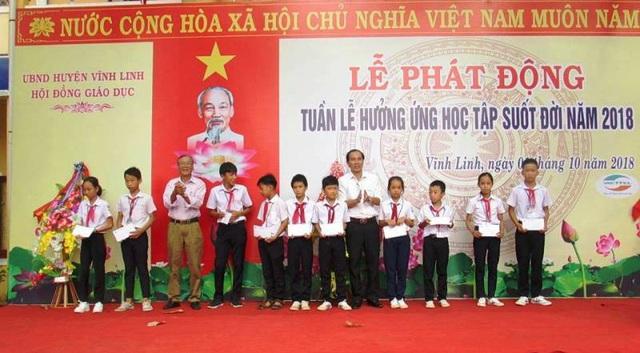 Huyện Vĩnh Linh (Quảng Trị) tổ chức lễ phát động Tuần lễ hưởng ứng học tập suốt đời.