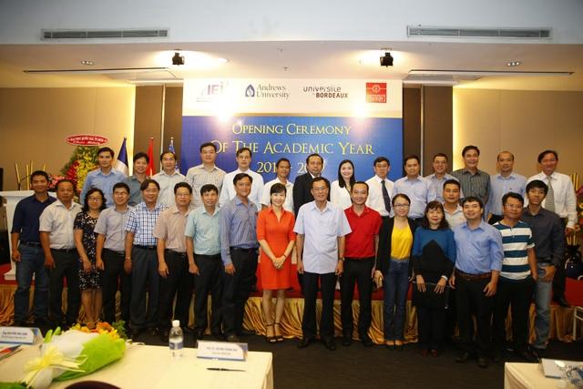 32 cán bộ quản lý Petrolimex tham gia khóa đào tạo MBA Andrews tại IEI - 3