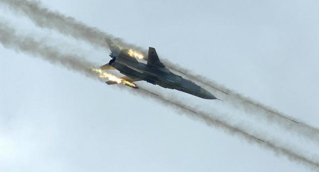 Máy bay Su-24 Nga trong một cuộc không kích (Ảnh: Sputnik)