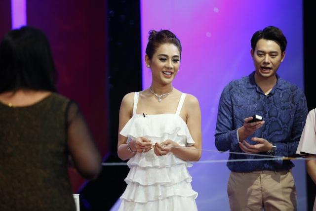 Khánh Chi cho rằng, nếu được chọn cô vẫn chọn ở riêng, không ở chung với cả mẹ đẻ lẫn mẹ chồng.