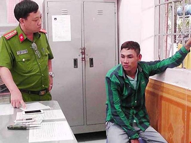 Nghi can Nguyễn Văn Trọng bị công an bắt giữ khi dọa tung ảnh nóng để tống tiền, gạ tình cô giáo vào tháng 2-2017. Ảnh: TD