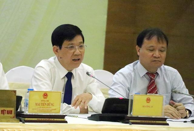 Trung tướng Nguyễn Văn Sơn nhận định, vụ việc bảo kê tại chợ Long Biên không chấp nhận được.