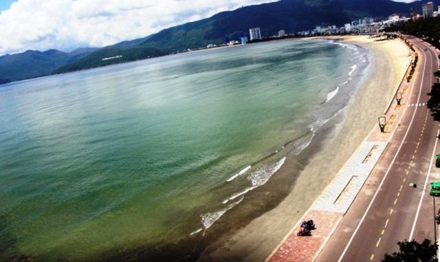 Chủ tịch tỉnh Bình Định phê bình UBND TP Quy Nhơn vì chậm trễ trong triển khai dự án công viên ven biển đường Xuân Diệu.