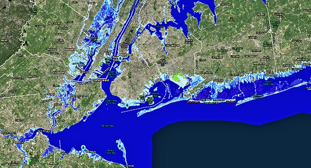 Kịch bản xấu nhất, nếu theo dự báo thì các khu vực màu xanh nhạt cho thấy mức độ ngập lụt vĩnh viễn. Các khu vực xanh tươi sáng hơn thành các vị trí cực thấp. Trong ảnh là mô tả một phần của New Jersey và New York năm 2100.