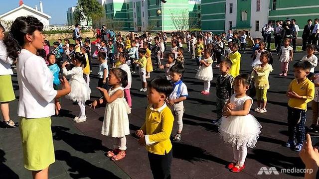 Nhà trẻ dành cho con em người lao động làm việc tại nông trại ở Triều Tiên.