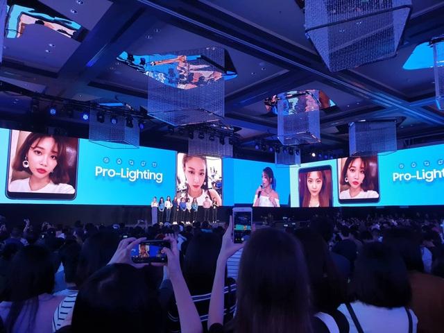 Samsung gây sốc, tung smartphone 4 camera đầu tiên trên thế giới - 6