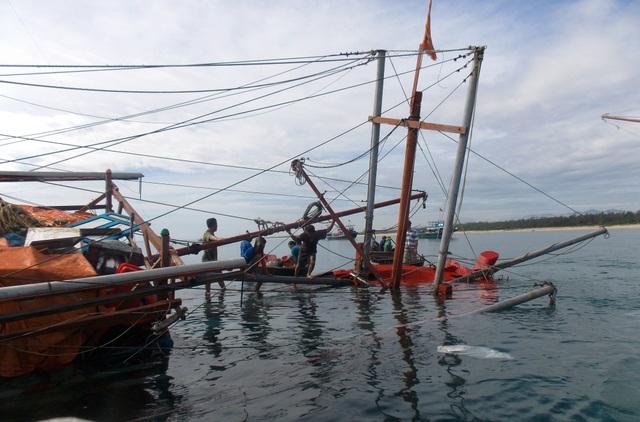 Một tàu cá ngư dân Quảng Nam gặp nạn trên biển. (Ảnh minh họa)