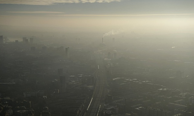 Tại nhiều thành phố lớn trên thế giới đang xảy ra tình trạng ô nhiễm không khí vượt ngưỡng cảnh báo của Tổ chức Y tế thế giới WHO.