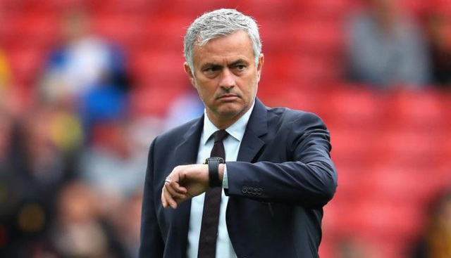 Mourinho và Man Utd sẽ đối đầu Chelsea vào hôm 20/10 tới đây