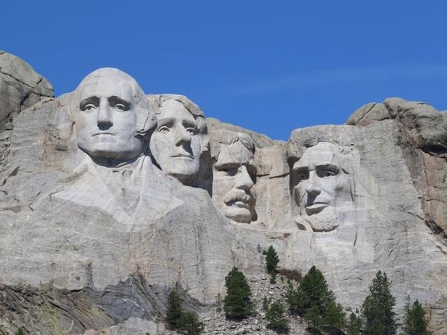 10 danh thắng du lịch nổi tiếng bị người dân ghét bỏ ngay từ khi mới xây dựng - 8