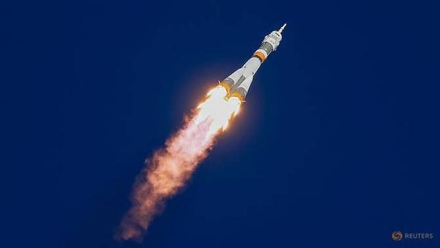 Tàu vũ trụ Soyuz rời bệ phóng tại Kazakhstan (Ảnh: Reuters)