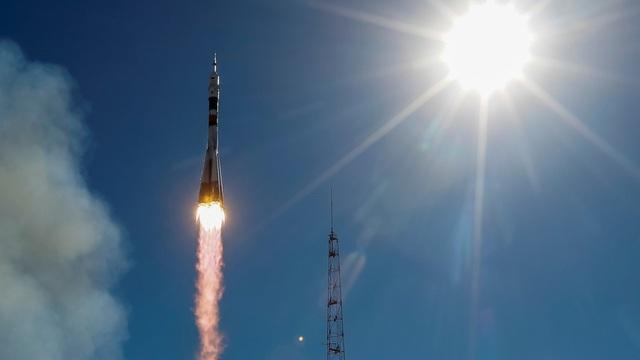 Tàu Soyuz được phóng đi hôm nay 11/10. (Ảnh: Reuters)