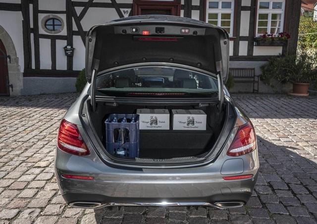 Mercedes-Benz ra hai phiên bản hybrid cho dòng E-Class - 15