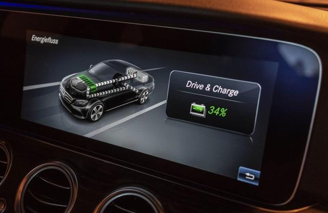 Mercedes-Benz ra hai phiên bản hybrid cho dòng E-Class - 10