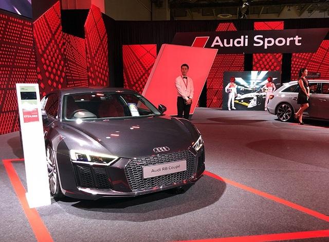 Hiện một số khách hàng của Audi tại Việt Nam đang có cơ hội trải nghiệm những mẫu xe mới nhất của hãng xe sang nước Đức, khi có mặt tại sự kiện Audi Brand Exprerience 2018 tổ chức tại Singapore.