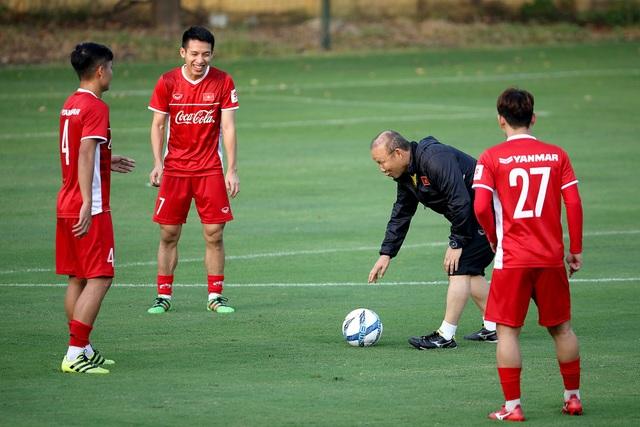 HLV Park Hang Seo vẫn chưa có đầy đủ các cầu thủ ở đợt tập trung ngày 12/10 - Ảnh: Gia Hưng